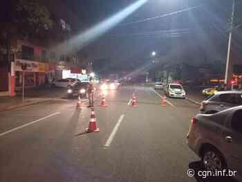 Operação Bloqueio é realizada na Rua Erechim durante a noite de terça-feira (09) - CGN
