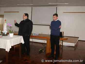 Notícias   Notícias: padre-de-erechim-ira-cursar-na-pontificia-academia-eclesiastica-em-roma - Jornal Bom Dia