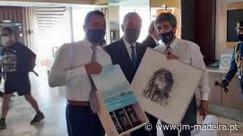Marcelo Rebelo de Sousa recebeu pinturas do madeirense Duarte Aveiro - jm-madeira.pt