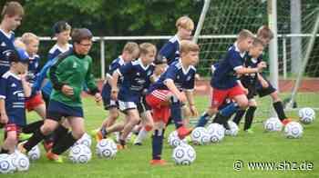 Fussballcamp des Hamburger SV: Kids der TS Schenefeld trainieren wie die Profis | shz.de - shz.de