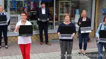 Spende an den Kinderschutzbund Altenkirchen: Notebooks für Grundschüler - Rhein-Zeitung