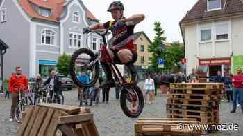 Trial-Bike-Künstler Kai Hiebert zeigt Spektakuläres in Bad Essen - noz.de - Neue Osnabrücker Zeitung