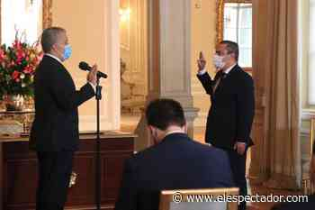 Presidente Duque posesionó a Juan Camilo Restrepo como nuevo comisionado para la Paz - El Espectador