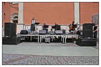 Boves: prosegue con successo la rassegna Mercato in Musica - www.ideawebtv.it - Quotidiano on line della provincia di Cuneo - IdeaWebTv