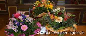 Rettungsaktion im Schwimmbad: Oberbürgermeister bedankt sich mit Blumen und Gutscheinen - Traunsteiner Tagblatt