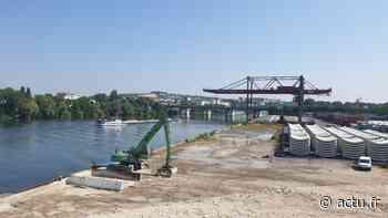 Les terres polluées du centre aquatique de Saint-Denis évacuées par le port de Gennevilliers - actu.fr