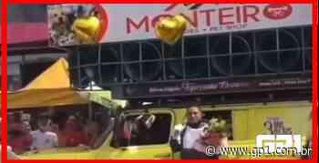Homem usa carro de som para pedir perdão a namorada em Picos - GP1