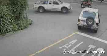 Video capta aparatoso accidente de tránsito en Cartago - Multimedios Costa Rica