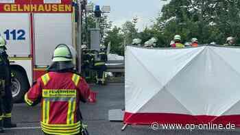 Gelnhausen (Hanau) Flugzeug stürzt auf der A66 ab - da-imnetz.de