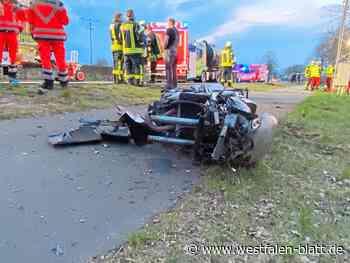 Versmolder (51) stirbt bei Verkehrsunfall: Mit Motorrad gegen Strommasten - Versmold - Westfalen-Blatt - Westfalen-Blatt