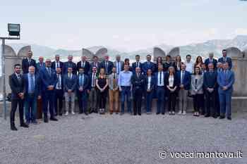 MyNet, a Malcesine full immersion motivazionale per una quarantina di agenti business   Voce Di Mantova - La Voce di Mantova