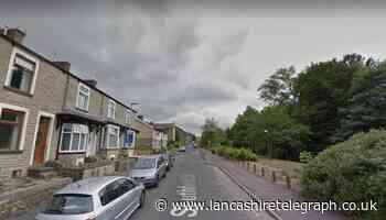 Teenage cyclist sadly dies after crashing bike into wall