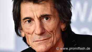 Nach Krebsrückfall: So geht es Rolling-Stones-Ronnie jetzt - Promiflash.de