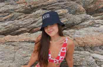 Mel Maia faz aparição usando biquíni de crochê e fãs ficam em polvorosa - RD1 - Terra