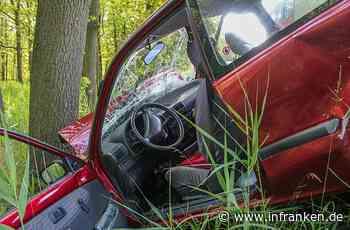 Nach Verkehrsunfall im Kreis Erlangen-Höchstadt: Frau (74) und Mann (87) verletzt - inFranken.de