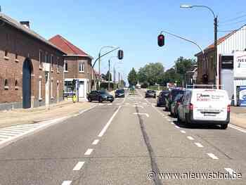 Gemeente vraagt dringende snelheidsbeperking op Tongerseste... (Riemst) - Het Nieuwsblad