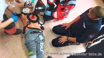 Burladingen - Persönlicher Kontakt mit anderen Helfern ist wichtig beim Einsatz - Schwarzwälder Bote