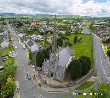 Bubbly and cake tops off roof works at Saint George's - The Avondhu Press