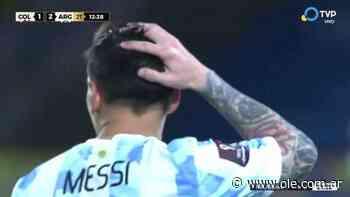 Ospina voló en el tiro libre de Messi - Olé