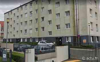 Corbeil-Essonnes : une femme chute par la fenêtre d'un appartement, le concubin interpellé - Actu Essonne