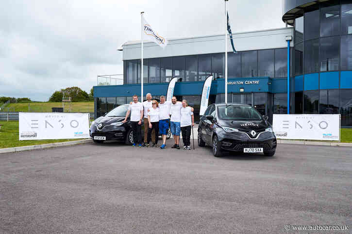 Mission Motorsport breaks EV endurance record with two Renault Zoes