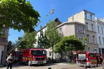Zolderbrand gaat gepaard met hevige rookontwikkeling: geen g... (Antwerpen) - Gazet van Antwerpen