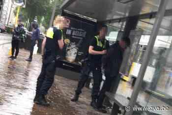 37 maanden met uitstel voor messteek na discussie over mondmasker op Antwerpse tram - Gazet van Antwerpen
