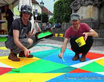 Waldshut-Tiengen: Ein buntes Dach aus Kunst spannt sich ab Dienstag, 15. Juni, über die Fußgängerzone in Tiengen - SÜDKURIER Online