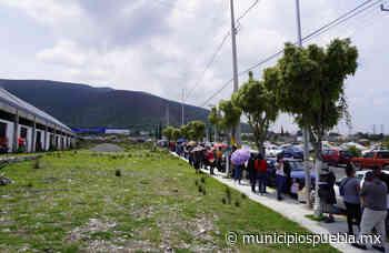 Largas filas genera llegada tardía de la vacuna covid a Tecamachalco - Municipios Puebla