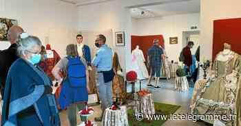 À Roscoff, l'exposition de costumes du XVIIIe est prolongée jusqu'au dimanche 13 juin - Le Télégramme