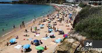 Calor leva a grande afluência nas praias da linha de Cascais - TVI24