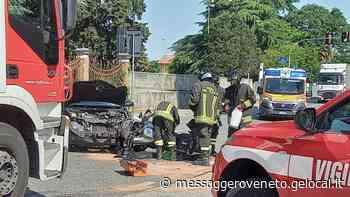 Frontale con un'auto a Cormons Motociclista grave in ospedale - Messaggero Veneto