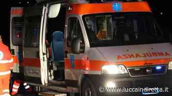 Scontro fra auto e moto a Querceta, grave un 45enne - Luccaindiretta - LuccaInDiretta