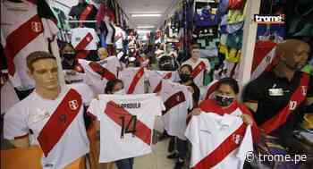 Selección peruana con Gianluca Lapadula levanta ánimo de comerciantes en Gamarra y Mesa Redonda - Diario Trome