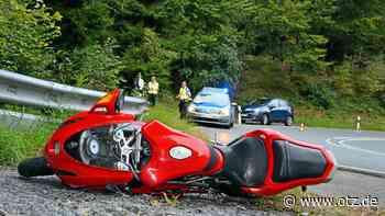 Biker verletzt sich bei Motorrad-Unfall bei Rudolstadt schwer - Ostthüringer Zeitung