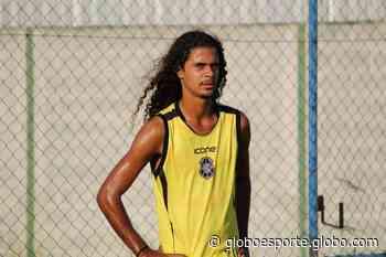 Sem chances no Rio Branco-ES, meia-atacante Buá é liberado - globoesporte.com
