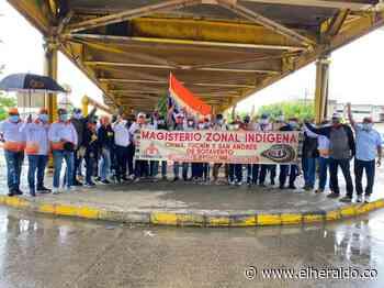 Docentes marcharon por las calles de Montería - EL HERALDO