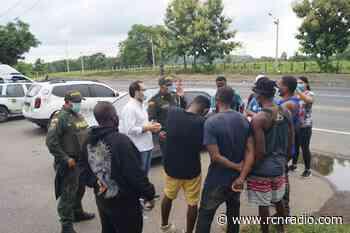 Capturan a tres personas que movilizaban a 72 migrantes en Montería - RCN Radio