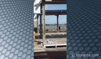Estrutura de concreto do telhado do Terminal da Praia Grande desaba nesta manhã - Imirante.com