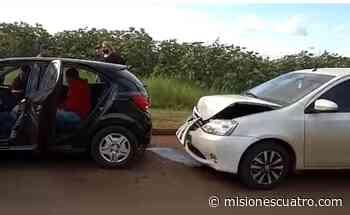 Chocaron dos autos en avenida Almirante Brown - Misiones Cuatro