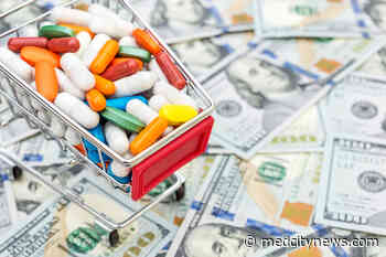 CVS drug buyers say pharmacy overcharged them $100M as trial opens - MedCity News