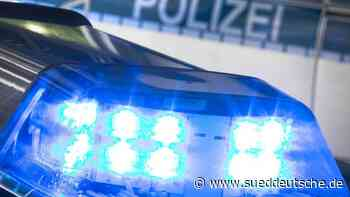 Radfahrer tritt Radargerät um und flüchtet zu Fuß - Süddeutsche Zeitung