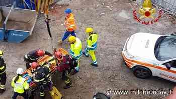 Ennesimo incidente sul lavoro nel Milanese, 33enne precipita per 3 metri - MilanoToday.it