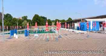 Mortara, vandali alla piscina: danneggiati ombrelloni e sdraio - Informatore Vigevanese