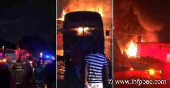 Incendio en parqueadero de Barranquilla deja cuatro buses en pérdida total y trabajadores afectados - infobae