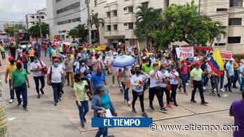 Paro nacional: En Barranquilla movilización de profesores fue en paz - El Tiempo