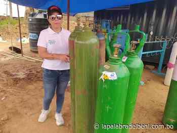 Asambleísta lleva tubos de oxígeno a Puente San Pablo - La Palabra del Beni