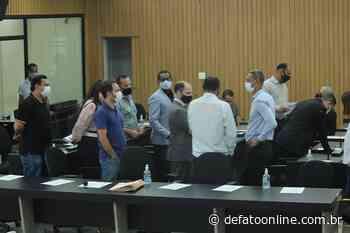 Vereadores deixam bloco parlamentar e travam comissões da Câmara de Itabira - DeFato Online