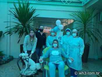 Hospital de Maravilha atende pedido de paciente para receber visita de cachorro de estimação - WH3