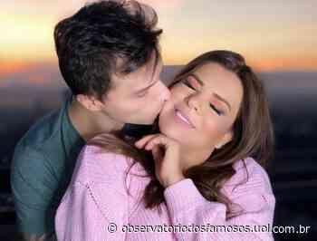 Mara Maravilha e o noivo Gabriel Torres fazem live especial do Dia dos Namorados - Observatório dos Famosos